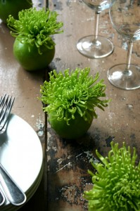 nookandsea-spider-mums-flowers-green-vase-table